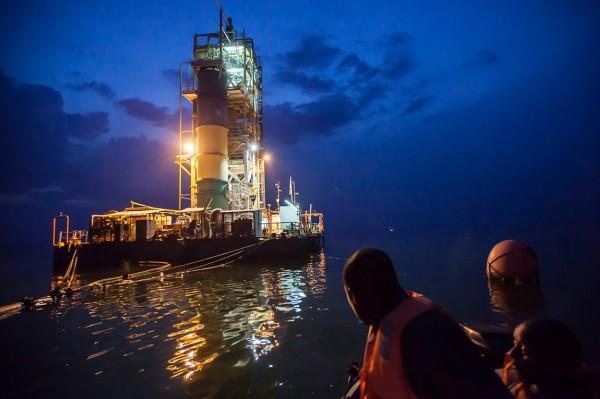 Platforma pe lacul Kivu